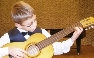начинающие уроки игры на гитаре